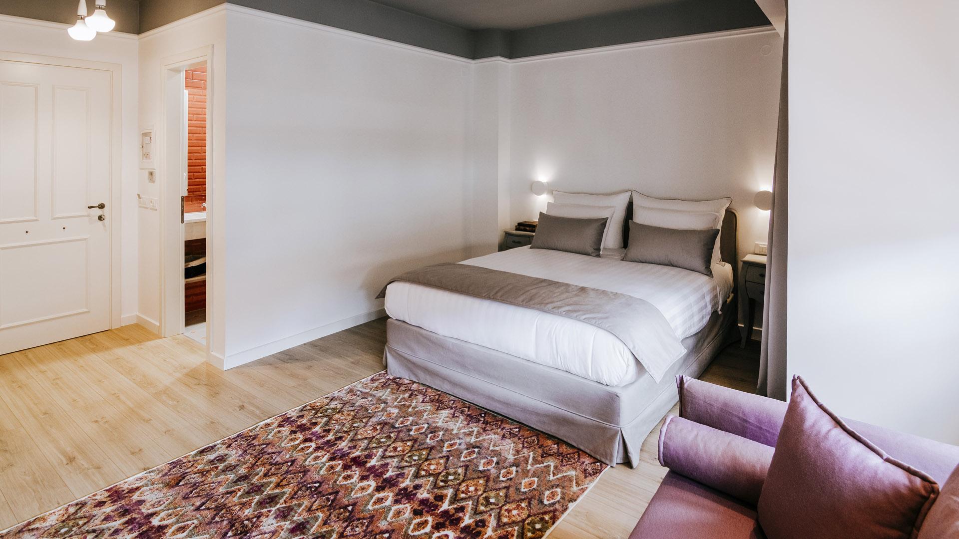 http://itskale-hotel.gr/demo/wp-content/uploads/2013/10/DSC_5932.jpg